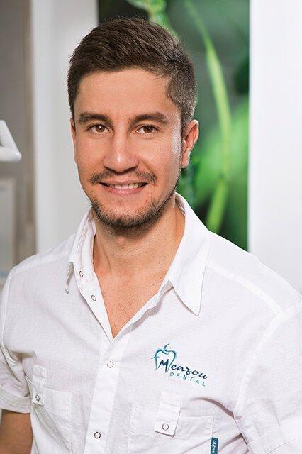 Dr. Menzou Sofiane